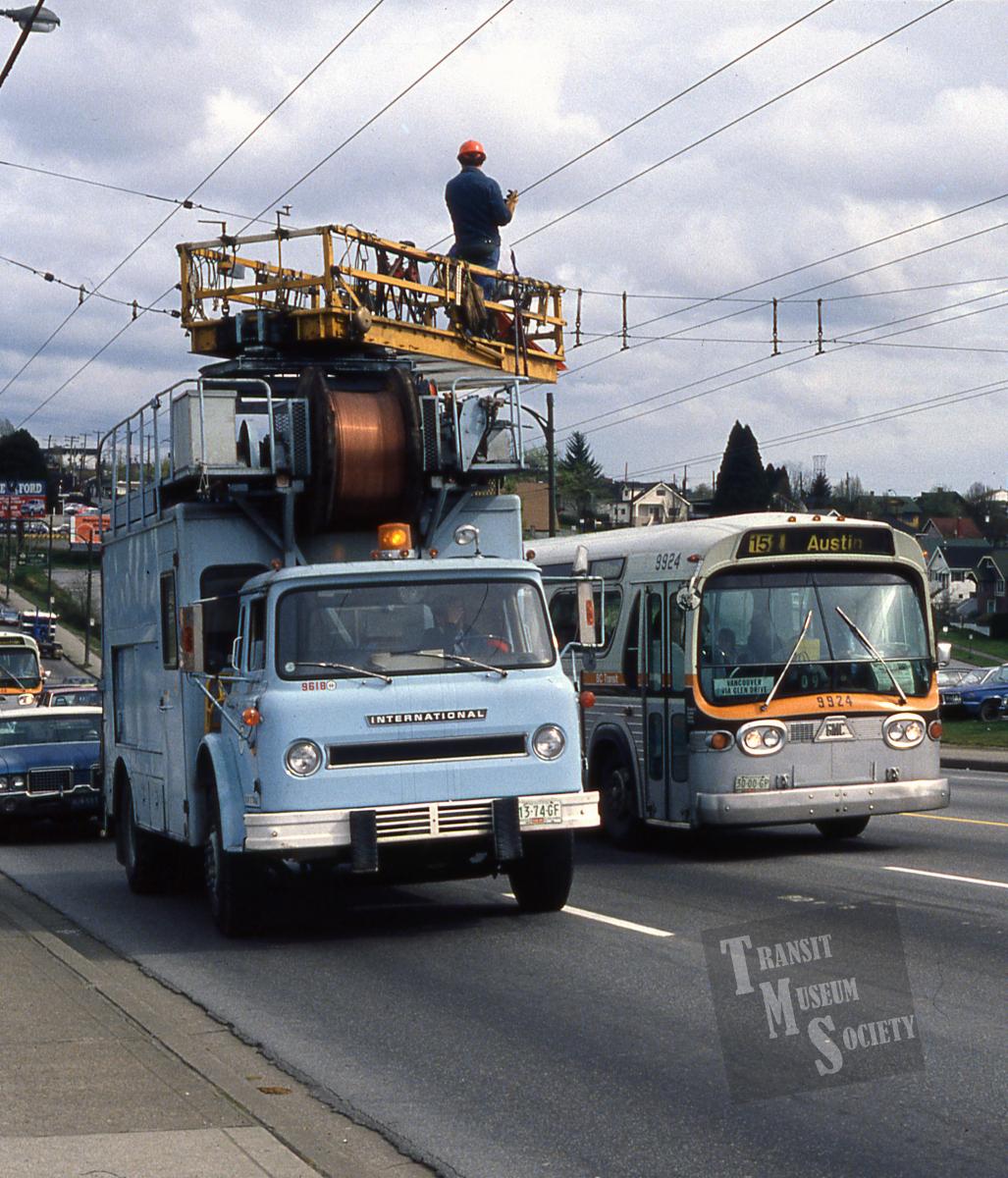 line truck img722 apr83